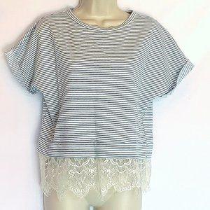 Wells Grace Small Lace Hem Short Sleeve Top